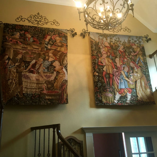 Pair of vendange wall tapestries - French grape harvest