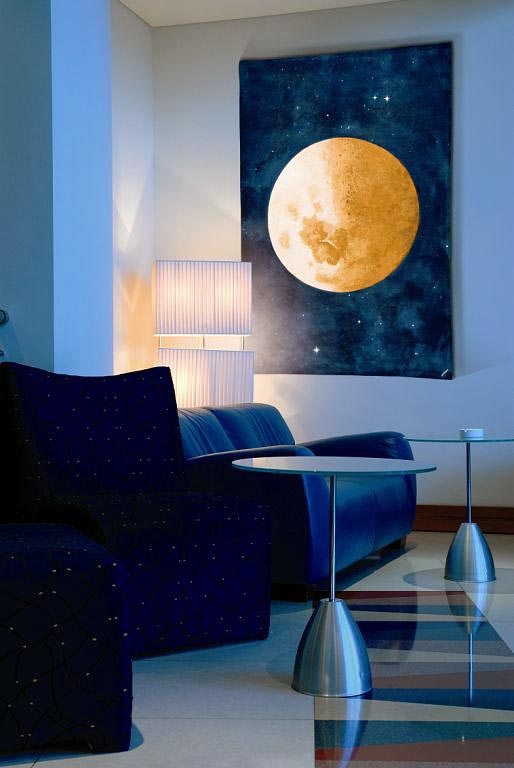Lune Belgian wall-hanging - The Moon tapestry hanging