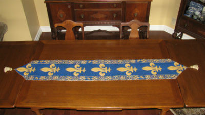 French table runners - William Morris and elegant designs